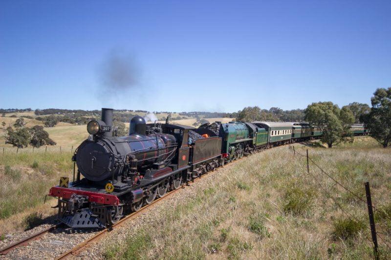 steamranger-heritage-railway-5aebac8f5ed2b1d530ee1f3f-800x533-1
